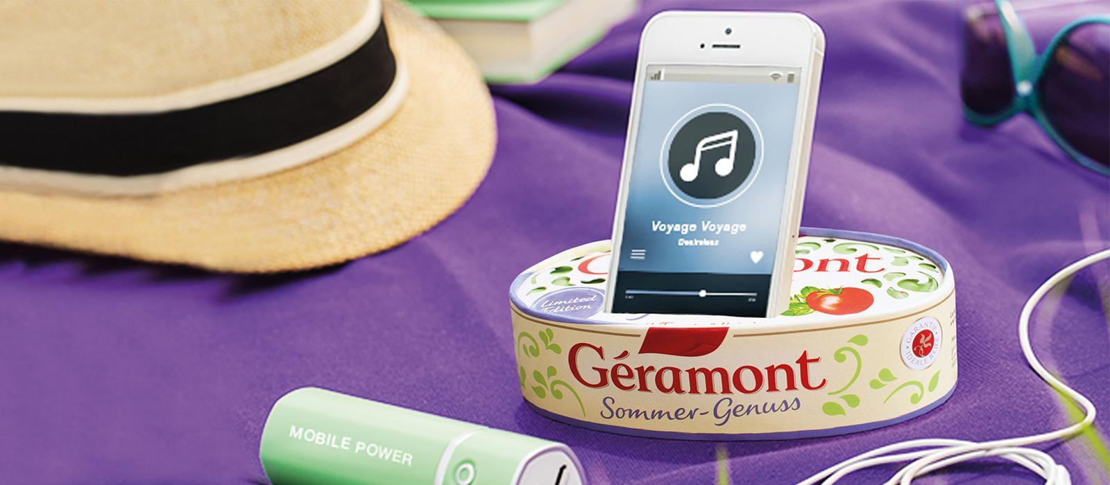 DIY Handyhalterung mit Géramont-Verpackung.