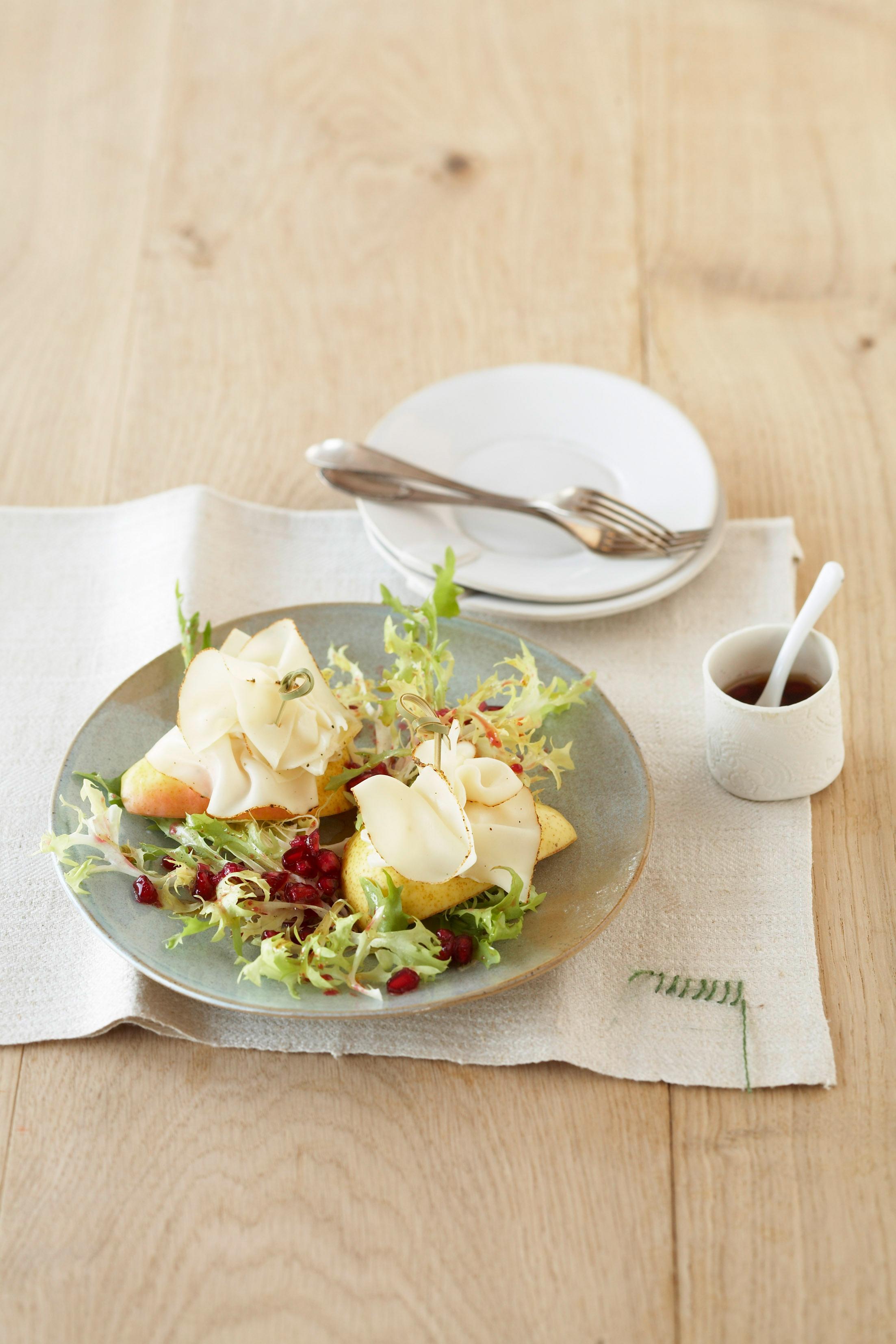Würziger Friséesalat mit Granatapfel - leckere Rezeptidee