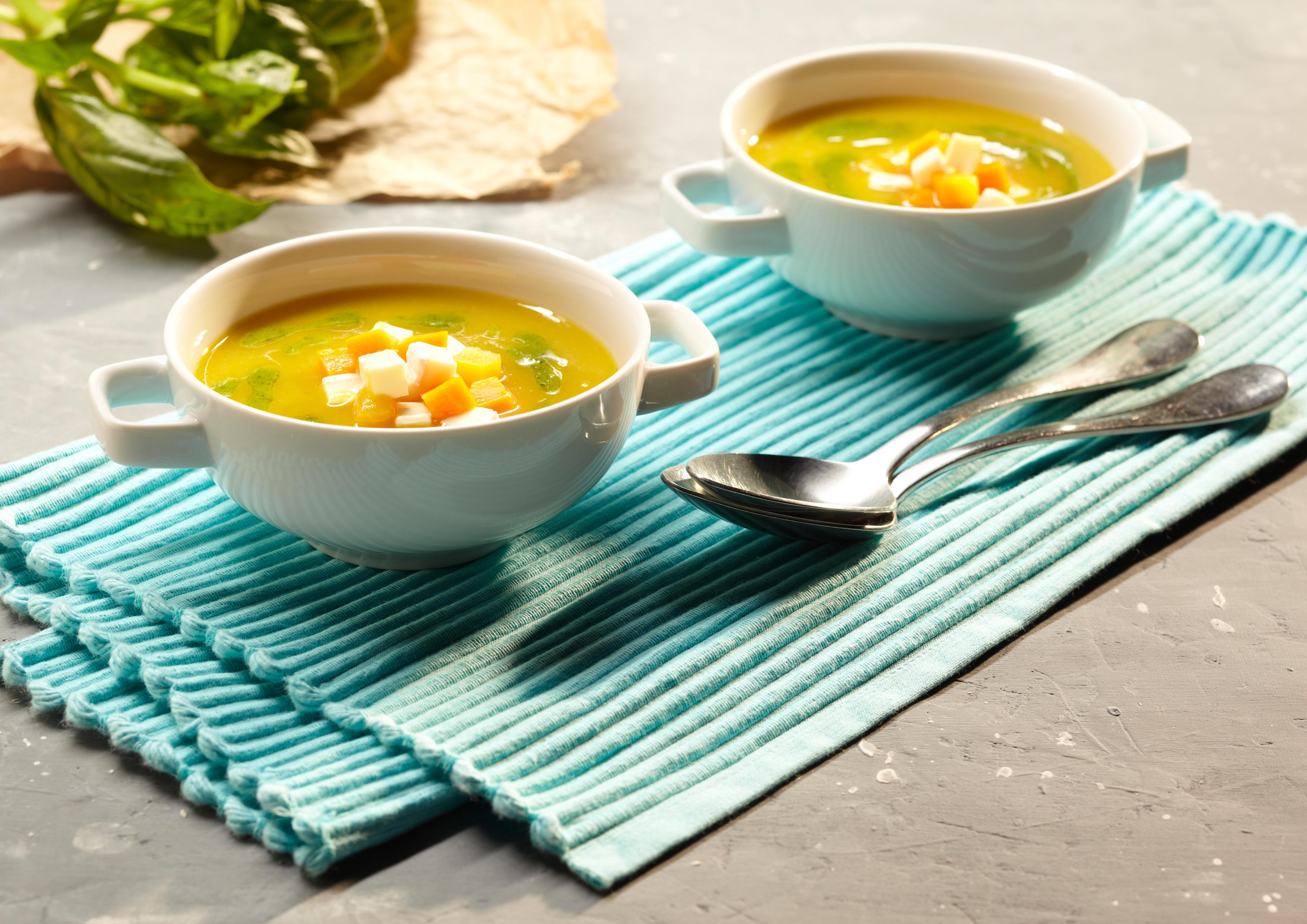 Rezept Feine Gemüsesuppe mit Pesto - immer ein Genuss