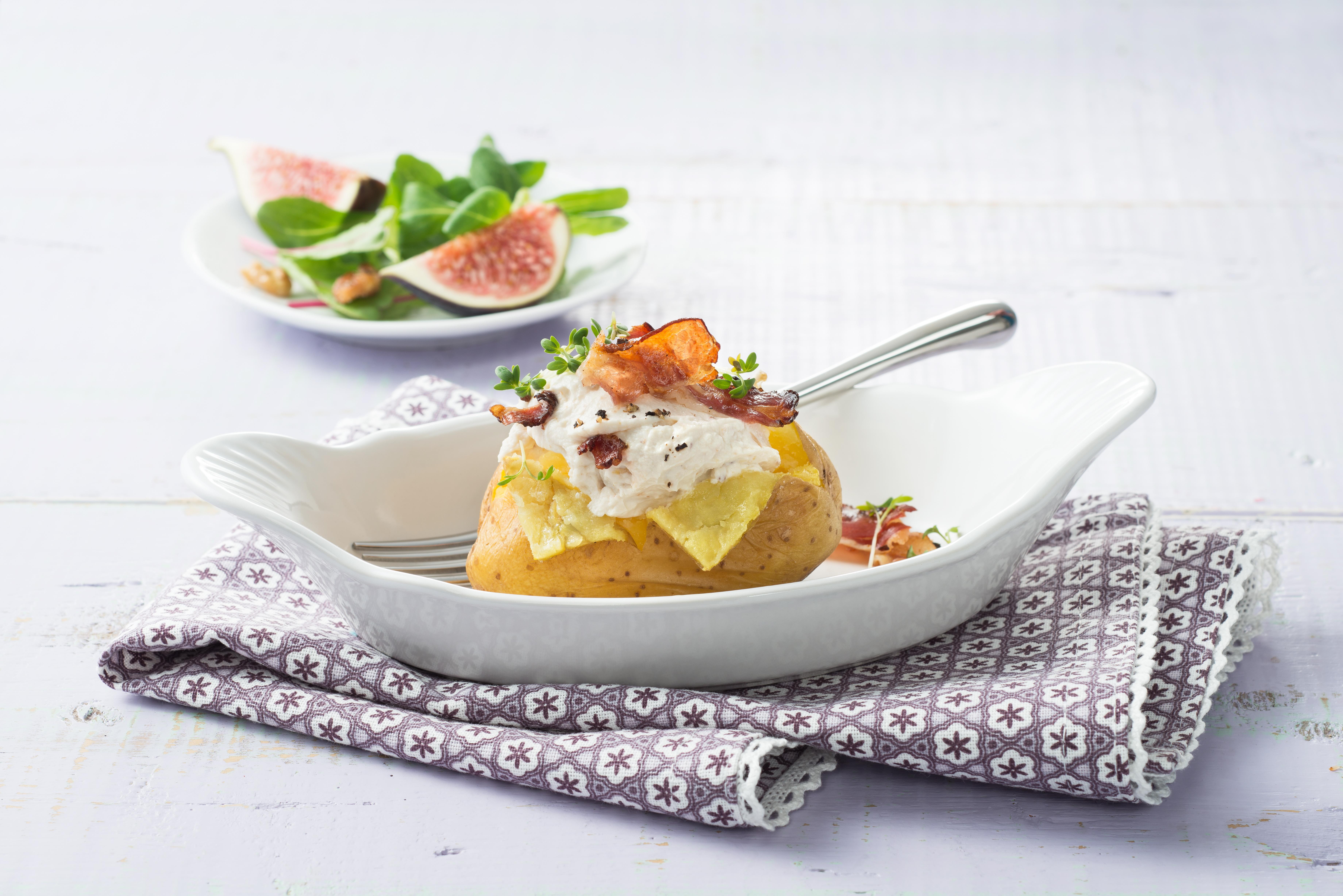 Tolle Rezeptidee - Ofenkartoffel mit Speck und Ziegenkäse